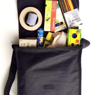 Box mit Material für kreatives Arbeiten