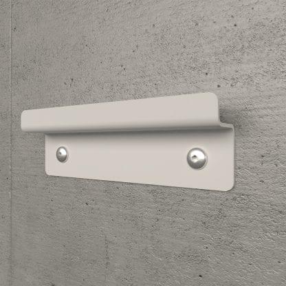 Weiße Wandhalterung aus Stahl