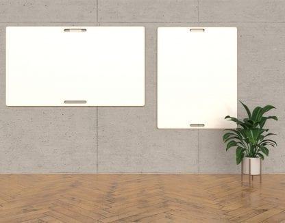 Zwei Design Whiteboards an einer Wand